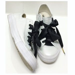 Converse   Pearl + Black Satin Laced Sneakers EUC